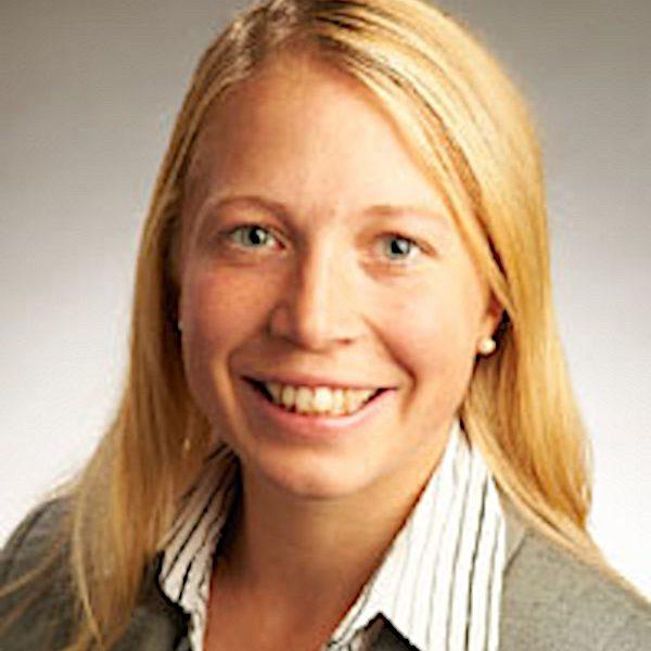 Dr Rachel Arnold